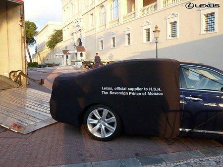 Boda Real entre el Príncipe Alberto y Charlene Wittstock: el coche oficial, Lexus LS 600h L
