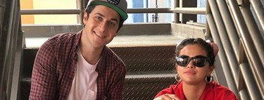 Selena Gómez hace 'chás' y aparece al lado de su hermano en 'Los magos de Waverly Place'