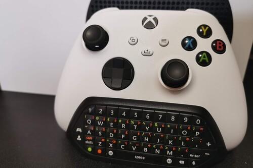 De ser un accesorio fijo en Xbox 360 y Xbox One durante una década, tampoco me planteo quitar el chatpad del mando en Xbox Series