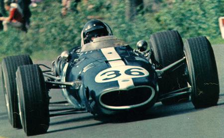 Gran Premio de Bélgica 1967: Dan Gurney hace sonar el himno de los Estados Unidos