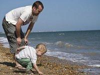 Los padres cariñosos y comunicativos tienen menos riesgo de tener hijos que acosen a sus compañeros