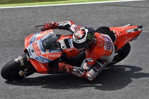 Ducati, Yamaha y Honda tienen un problema, y se llama Jorge Lorenzo