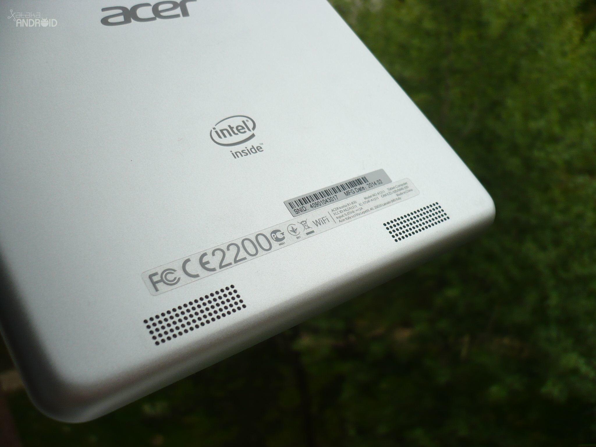 Foto de Acer Iconia A1-830 (10/16)