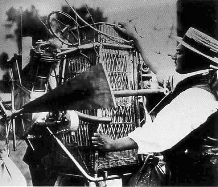 Foto Peugeot Motor Dirigible De 1905