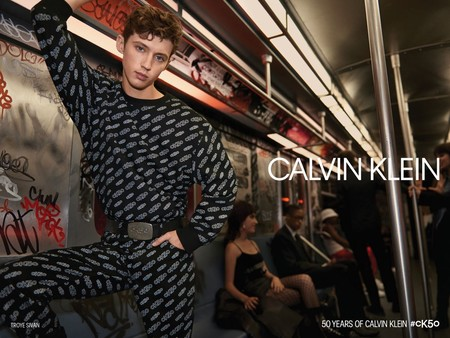Calvin Klein Celebra 50 Anos De Estilo Con Una Campana Y Coleccion De Edicion Limitada 09