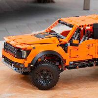 La Ford F-150 Raptor ya tiene su versión de LEGO, y es más barata que el Defender pero igual de grande