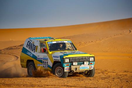 La odisea del entrañable Nissan Patrol 'Fanta Limón' en el París-Dakar '87