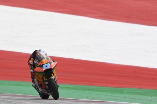 Jorge Martín gana su primera carrera de Moto2 tras un brutal accidente de Enea Bastianini y Hafizh Syahrin