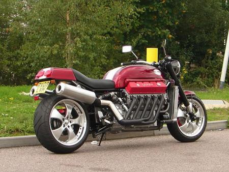 Millyard Viper V10, un disparate sobre ruedas