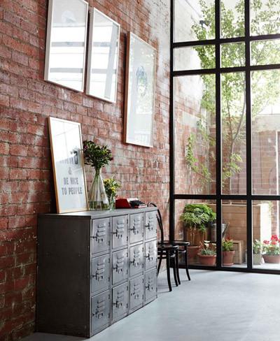 Buenos ejemplos de interiores con paredes de ladrillo visto - Paredes rusticas interiores ...