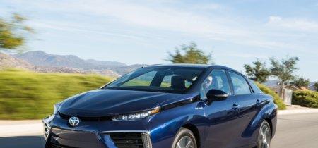El Toyota Mirai busca reinventarse para 2020 con una versión reducida en tamaño y precio