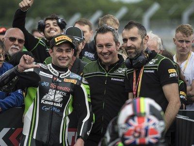 Leon Haslam, un wild card que reclama su asiento en el mundial de Superbikes con un podio en Inglaterra
