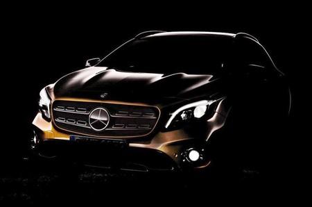 El Salón de Detroit espera a un nuevo Mercedes-Benz GLA, mejor equipado y más eficiente
