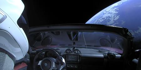Tesla Rodaster Al Espacio 1