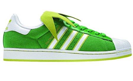 Adidas Superstar rinde su particular homenaje a la rana Gustavo