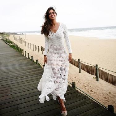 Sara Carbonero nos recuerda que el vestido blanco es un clásico que no falla: te contamos como lograr el look