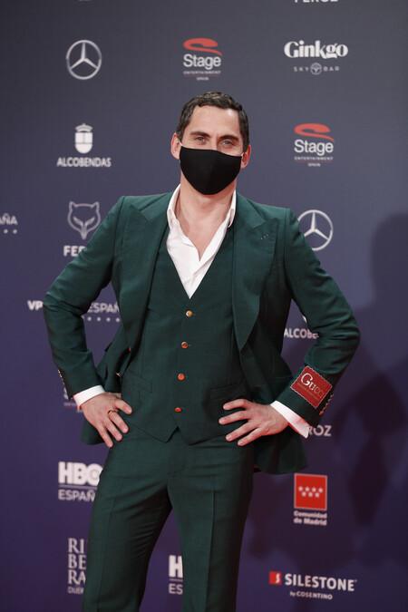 Paco Leon Alfombra Roja Red Carpet Premios Feroz 2021 Trendencias Hombre 01