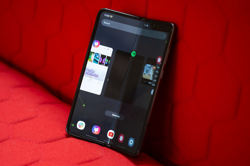 Samsung'd bet on the glass-flexible to cover the screen of your future Samsung Galaxy Fold 2