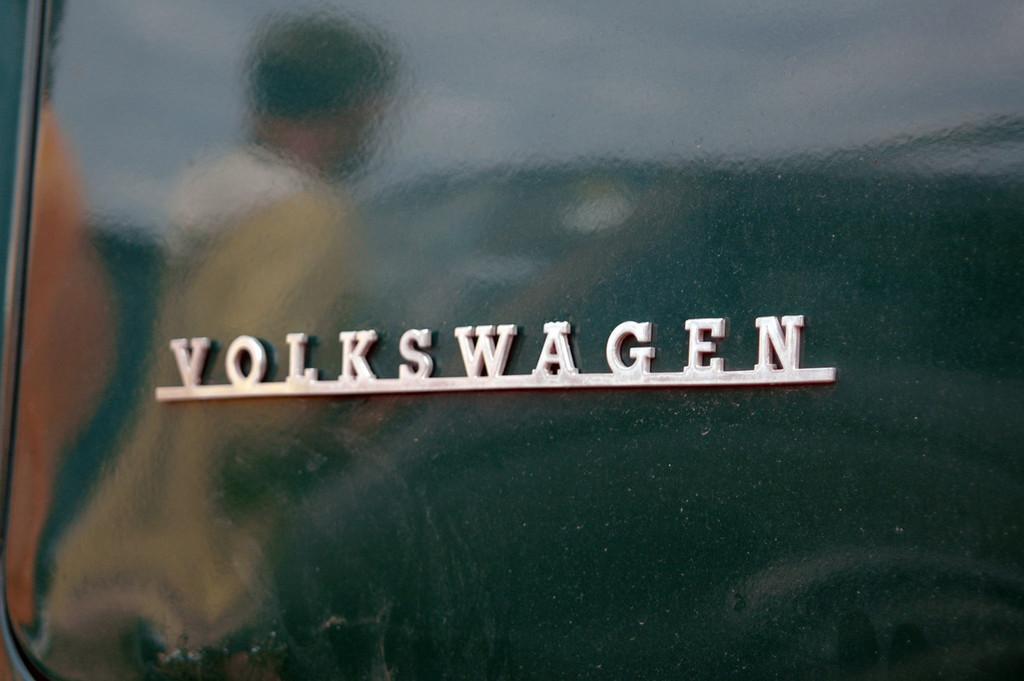 Foto de Concentración de furgonetas Volkswagen en Girona, más de 400 asistentes (8/22)