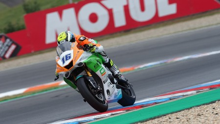 Jules Cluzel frena al líder Sandro Cortese y suma su tercera victoria de la temporada en Supersport
