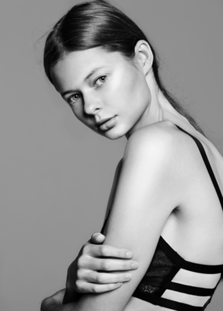 Nuevas Caras Modelos Semanas Moda Septiembre Octubre 2015 7