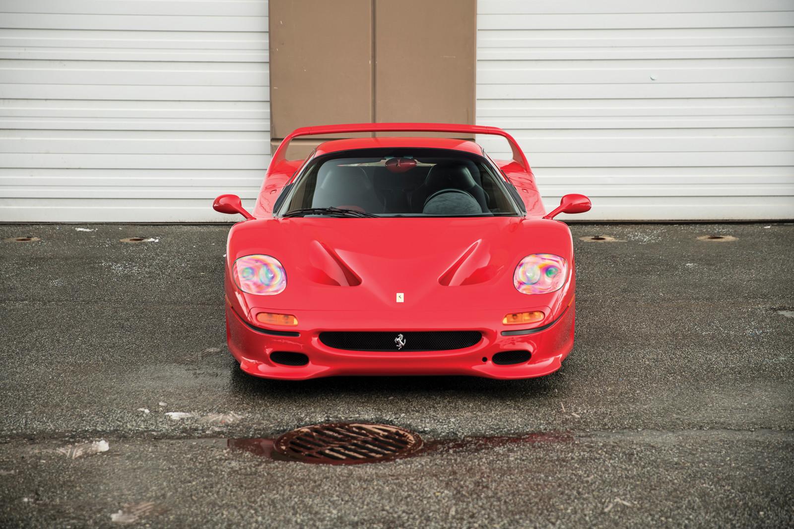 Mike Tyson subasta su Ferrari F50 - Pela los bitcoin papu!