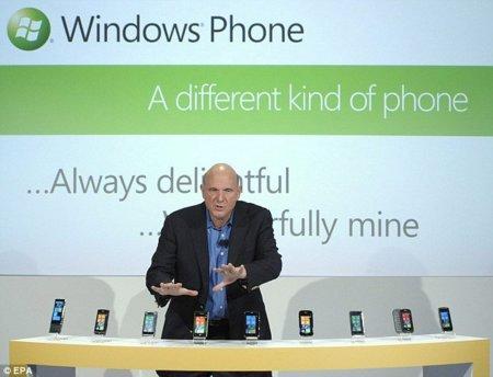 Se han vendido más de 100.000 Windows Phone 7, según Facebook