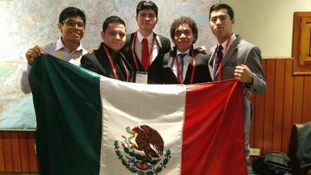 Mexicanos brillan con Plata y Bronce en la Olimpiada Iberoamericana de Química