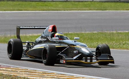 La Formula Renault 2.0 presenta su nuevo monoplaza