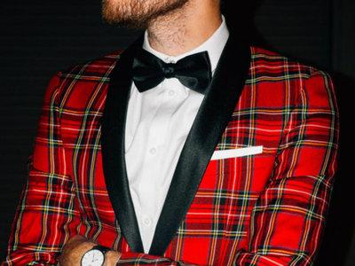 Coge inspiración para esta Navidad con los looks de fiesta de 'Stay classic'