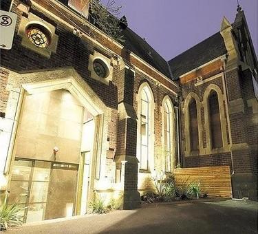 Casas poco convencionales: vivir en una iglesia
