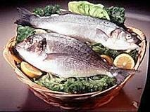 Comer pescado antes del año de edad puede prevenir el desarrollo de alergias