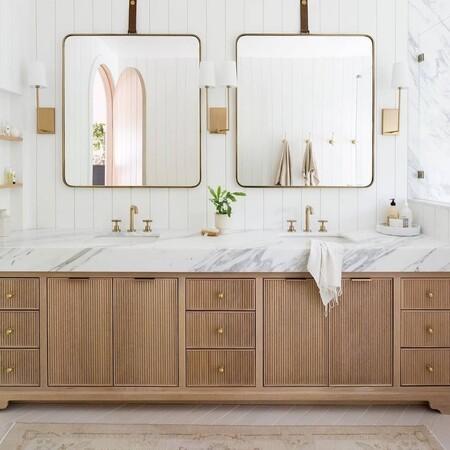 Inspiración para el cuarto de baño: los apliques más estilosos para dar un aire nuevo al lavabo