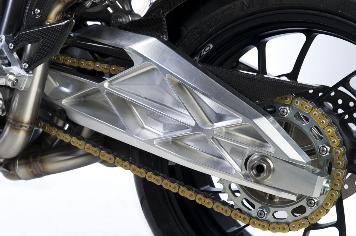 Foto de FGR Midalu V6, 2500 cc y 240 CV para una Naked (9/10)