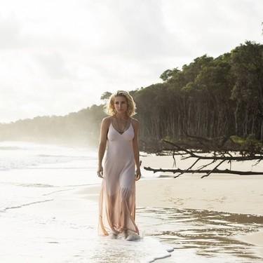 Elsa Pataky aterriza en Netflix con 'La tierra de las mareas' y sus primeras imágenes nos dejan con ganas de más