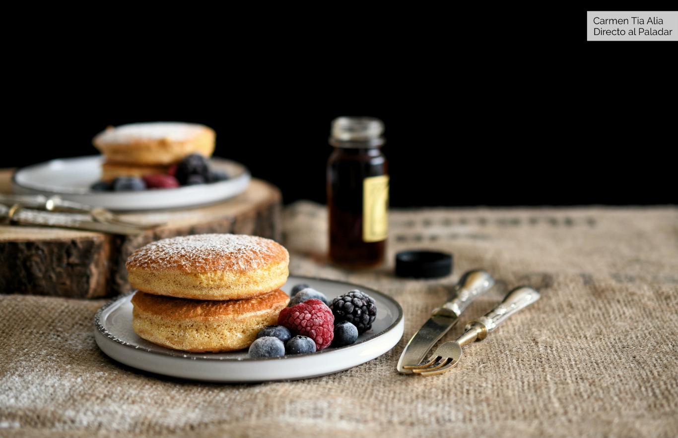 Así se hacen las tortitas soufflé (o soufflé pancakes) que arrasan en Instagram: las más esponjosas del mundo...