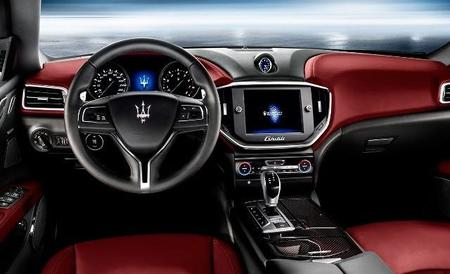 Maserati Ghibli, interior.
