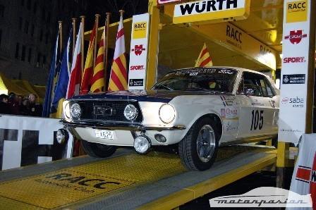 Un Ford Mustang se aventura en el Rally Montecarlo Histórico