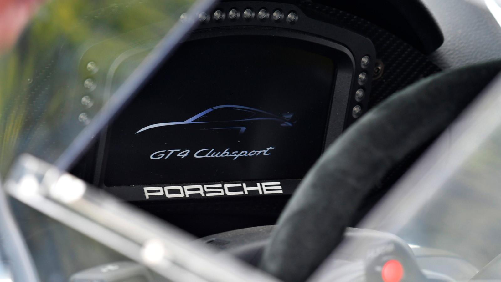 Foto de Porsche Cayman GT4 Clubsport (14/16)