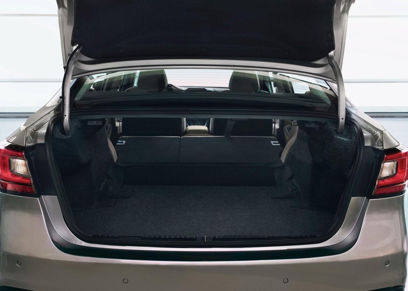 Foto de Subaru Legacy 2020 (13/15)