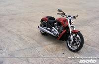 Motorpasión a dos ruedas: prueba Harley-Davidson V-Rod, MV Agusta Rivale y despedida de Alberticu