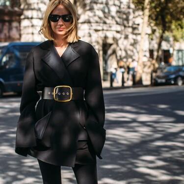 Siete ideas de looks para llevar leggings a la oficina y triunfar que inspiran hasta a Katie Holmes