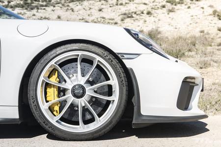 Porsche 911 GT3 rueda delantera