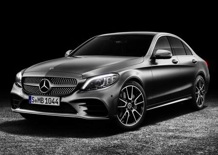 El Mercedes-Benz Clase C 2019 se dibuja pocos cambios, pero gana (aún) más tecnología
