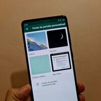 WhatsApp para Android ya permite poner fondos de pantalla diferentes para cada chat, así puedes hacerlo en México
