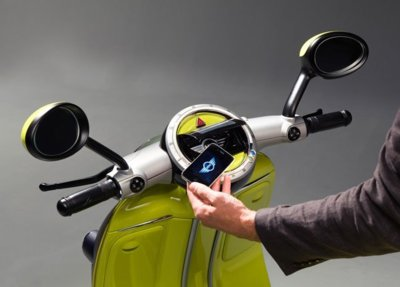 Mini Scooter E Concept: la moto que usa un iPhone como llave maestra