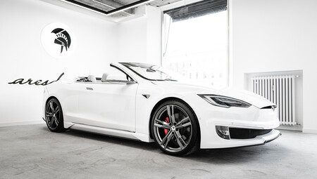 Tesla Model S Cabrio Ares Design