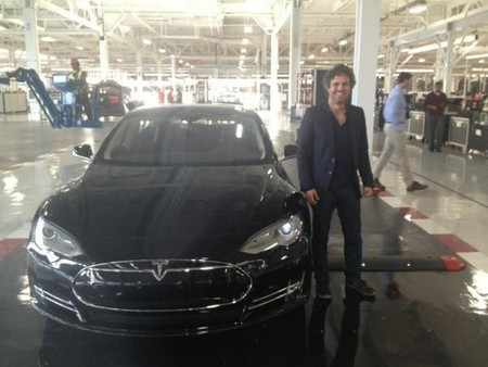 Mark Ruffalo Tesla Model S