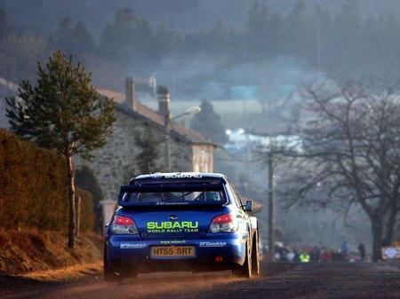 Subaru podría dirigir su vuelta a la competición hacia los circuitos