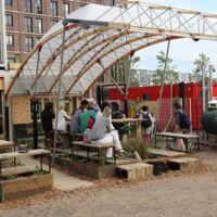 Skip Garden, un espacio verde multifuncional en Londres
